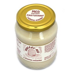 480 g Kubešův pastovaný med z rodinné včelařské farmy